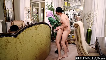 Audrey Royal Obeys Her Husband For Deep Creampie 15分钟