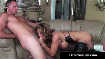 Role Play by Sexy Cat Woman Milf Deauxma Ends In 3 Way Fuck! Vorschaubild