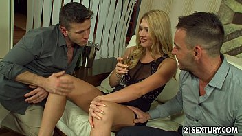 Sony ericsson z525a xxx - Grandma sue lures a way younger guy between her legs
