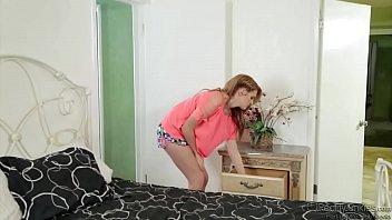 Miranda Mills Rough Banging
