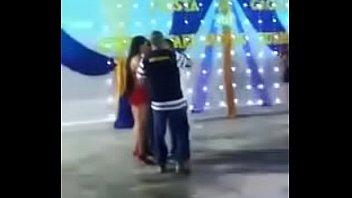 venezolana baila como vino al mundo en peru