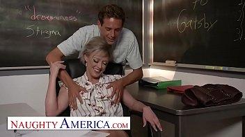 Naughty America - Dee Williams fucks her student porno izle