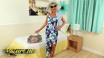Hot British Granny Elaine Loves Being In The Spotlight!