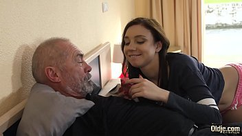 Kinky grandpa fucks young girl hardcore and she sucks his cock before swallowing the cumshot porno izle