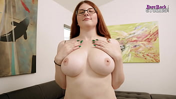 Fucking My Thicc Step Daughter on Movie Night after Mom goes to Bed - Bess Breast 14 min