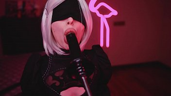 Cosplay Blowjob Sloppy Suck BBC with 2B