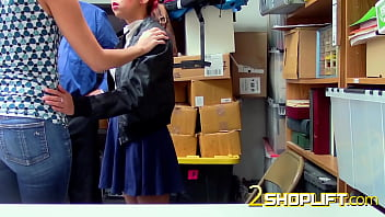 Outraged milf gets banged to pay for teens shoplifting crimes 6分钟