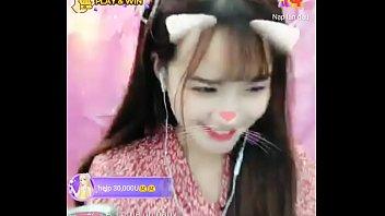 Hotgirl Ngọc Min livevstream Uplive 2 min