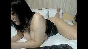 Sexy Asian slut free webcam chat
