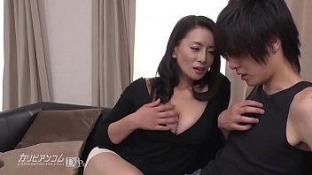 japanese mom porn คุณแม่ยังสวย วัย50 ของขาด อดใจลูกชาย ไม่ไหว เร้าโรม ยั่วๆให้ลูกชายเย็ด เสียว20+
