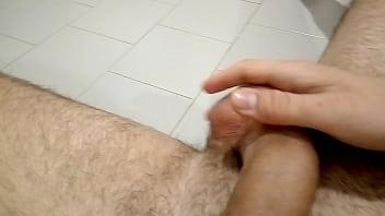 Nero adolescente nudo