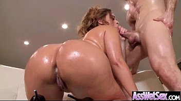Wet Oiled Big Ass Girl Get Deep Nailed On Cam movie-22
