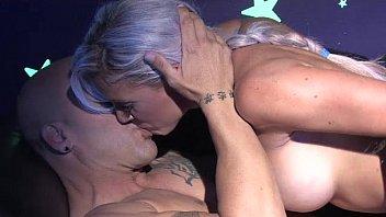 Dani Daniels Black Light Threesome