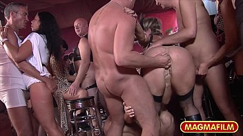 Interstate swinger - German moms swingers