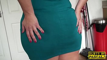 Fingered mature british spreads her legs thumbnail