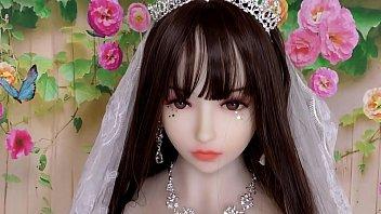 若妻花嫁コスプレ? こんな可愛いのにラブドール…。総額2万円のガチコス @PPC