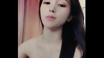 JSの妹が激しすぎる突き上げにアヘ顔でいきまくるアニメのロリ系動画