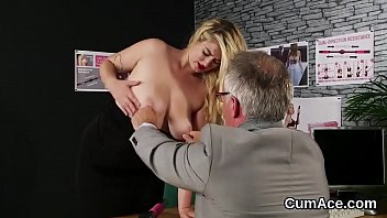 Slutty centerfold gets cumshot on her face eating all the ejaculate