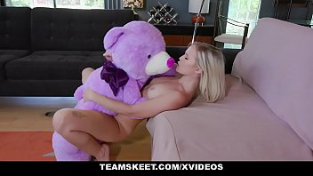 Blonde Teen Natalia Queen Gets Her Tiny Pussy Stretched