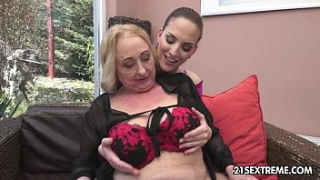 Sila And Lyen Parker - Old Young Lesbian Love