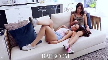 Baeb Riley Reid And Step Sister Rekindle And Fuck In First Threesome