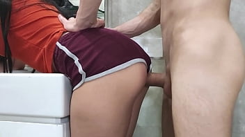 Quick morning sex with stepsister in the toilet