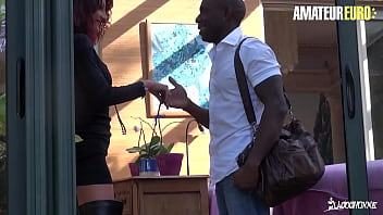 AMATEUR EURO - (Lyna Cypher & Joss Lescaf) French Cougar Tries BBC Anal With Guy From Tinder