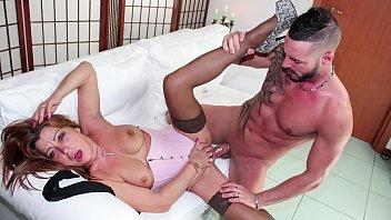 Euro mature sex videos Scambisti maturi - mature italian amateur lady in hardcore porn session