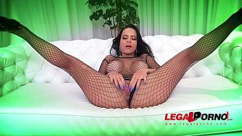 Airtight group fuck with sexy brazilian slut Liandra Andrade BZ017 86 sec