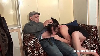 3973129 amateur squirt brunette hard dp in foursome with papy voyeur