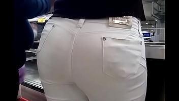 culo pantalon blanco