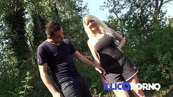 Porn star michele Camille en coloc chez les bonnes-sœurs full video illico porno