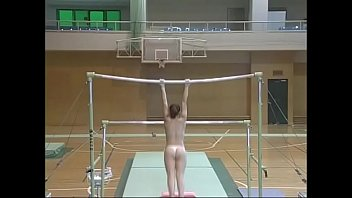 Athlete nude picture woman Gymnastics player preform nudes - http://teenpornlabs.com