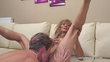 Taboo Lesbian Love With Mature Cougars And Daughters Vorschaubild