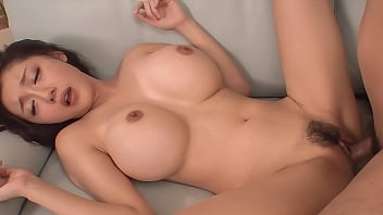 Japanese Mia Khalifa with Huge Tits has Hard Squirt Orgasm [UNCENSORED] 8分钟