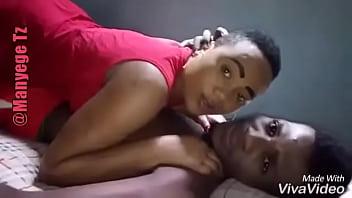 Romance with my girlfriend and hard sex follows ( kutombana na demu wangu
