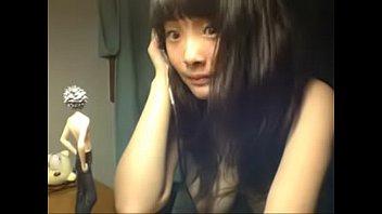 《ニコ生 神回!》ふぉぉぉ!!でけぇwww顔は女子校生胸は爆乳!!Gカップ美少女のはち切れそうなおっぱい遂に見せた伝説配信ww | 女子校生動画リアル
