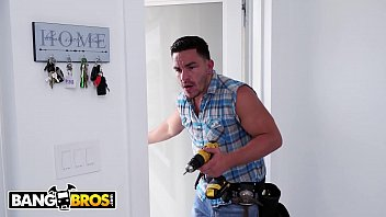 Bangbros - Wifey Luna Star Fucks Handyman Behind Husband's Back