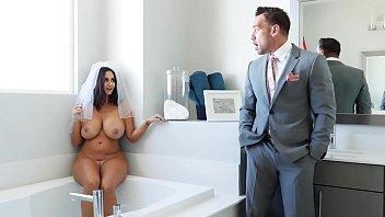 BANGBROS - Big Tits MILF Ava Addams Compilation #3 Porno indir