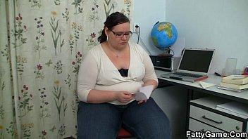 BBW seduces her student into sex