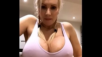 Big tits big ass blonde milf chats live - TheCamStars.com