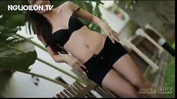 Người Mẫu Chụp Ảnh Nude Ngoài Trời - Nguoilon.tv