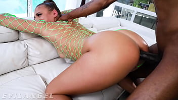 EvilAngel - Gia Derza's Ass Was Made For Big Cock Anal 21 min