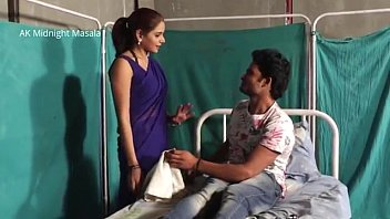 Hindi Lady doctor Shruti bhabhi romance with patient boy in blue saree hot scene Vorschaubild