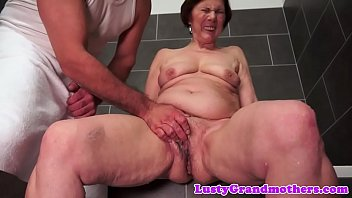 Chubby grandma fucked after showering
