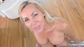 Sexy milfs giving blow jobs Sexy british milf and naughty blow job pro lisa demarco