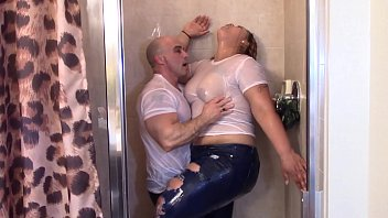 Big Latina Booty grinding on white dick in shower till they cum