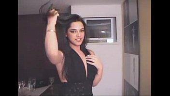 Camila de Castro Uma Quase Mulher