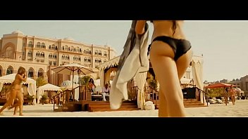 Hot bikini celebrity Nathalie emmanuel bikini scene