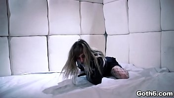 Hell yeah! Goth teen nympho Ivy Wolfe goes CRAZY! thumbnail